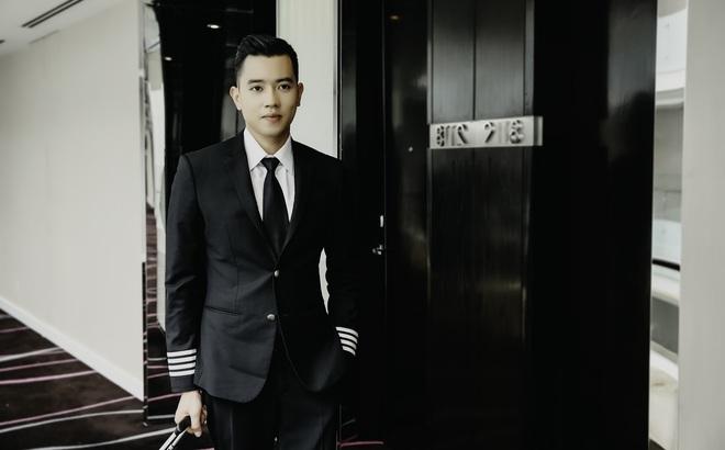 Cơ trưởng lịch lãm Quang Đạt và màn cầu hôn rung động trái tim phái đẹp