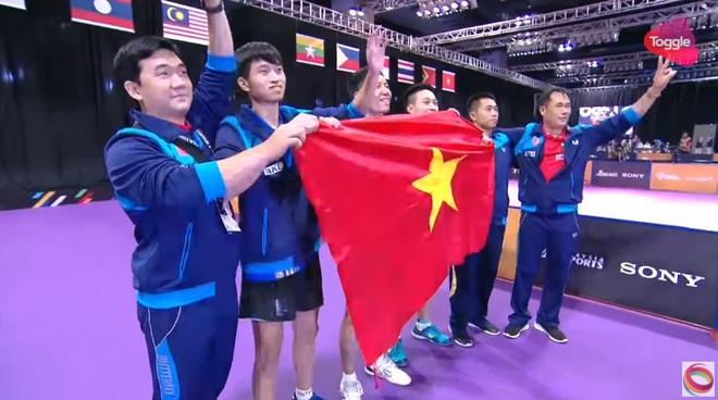 Trực tiếp SEA Games 29 ngày 26/8: Tuyển bóng bàn Việt Nam lật đổ Singapore, giành HCV quý giá - Ảnh 1.