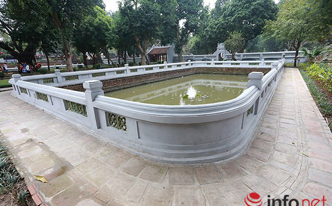 """Người Hà Nội ngỡ ngàng, tiếc nuối nhìn Văn Miếu """"mới tinh"""""""