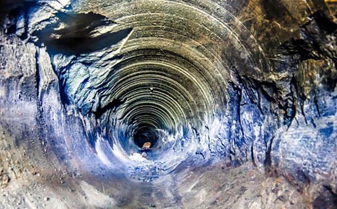Ẩn chứa bên trong hố nhân tạo sâu nhất hành tinh có những gì mà loài người chưa biết?