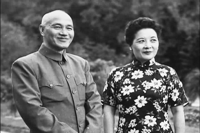 Báo TQ tiết lộ kế hoạch ám sát Tưởng Giới Thạch bất thành của Mỹ trên dãy Himalaya - Ảnh 2.