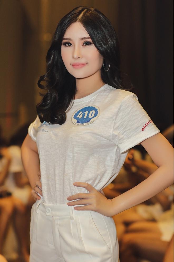 Tân Hoa hậu Đại dương 2017 thừa nhận từng phẫu thuật thẩm mỹ - Ảnh 4.