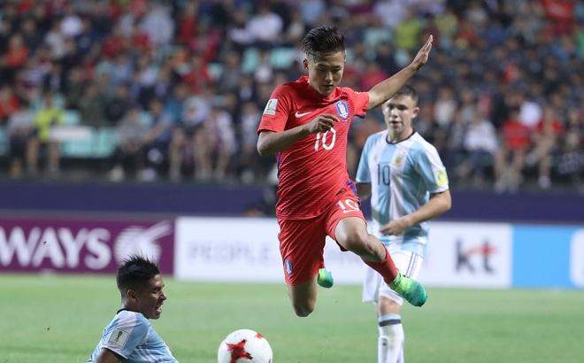 """""""Messi Hàn Quốc"""" quật ngã Argentina: Bí ẩn đằng sau vẻ ngổ ngáo"""