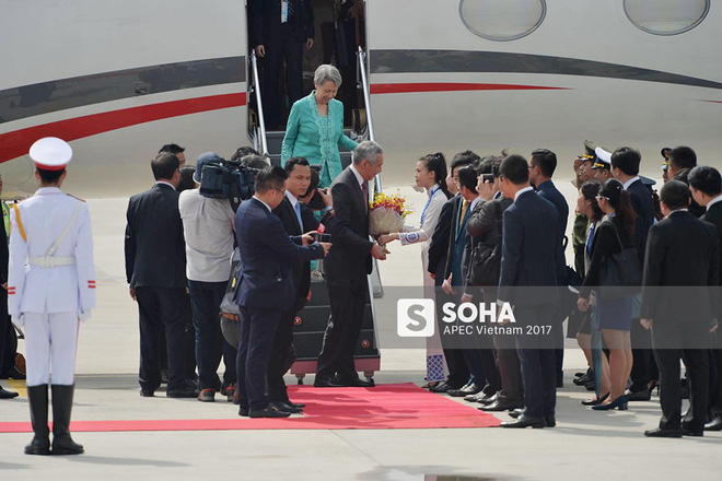 [CẬP NHẬT] Thủ tướng Lý Hiển Long cùng phu nhân tới Đà Nẵng trước thềm lễ đón chính thức - Ảnh 3.