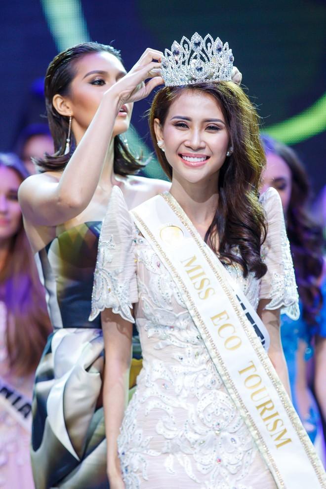 Á khôi Liên Phương đăng quang Miss Eco Tourism 2017 - Ảnh 7.