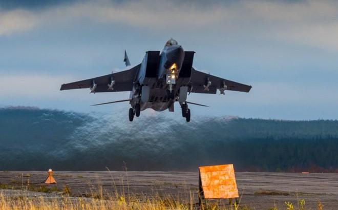 """MiG-31BM – tấm lá chắn giúp Nga đối phó với đòn """"tấn công chớp nhoáng toàn cầu"""" của Mỹ?"""