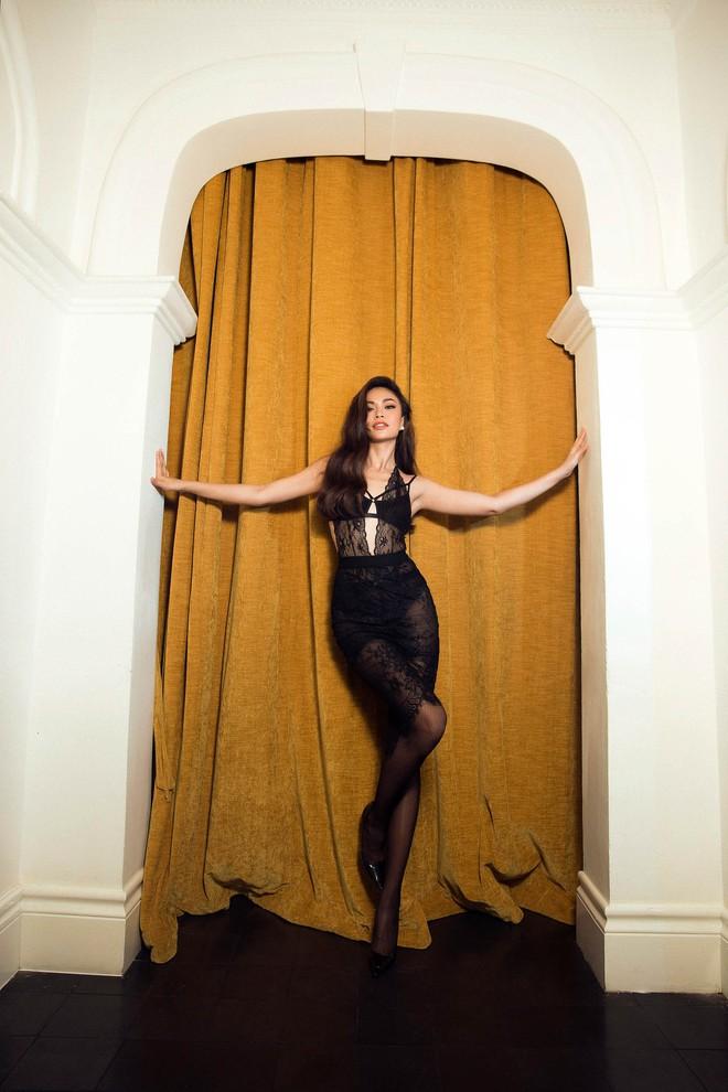 Mâu Thủy tung ảnh nóng trước khi thi Hoa hậu Hoàn vũ Việt Nam - Ảnh 9.