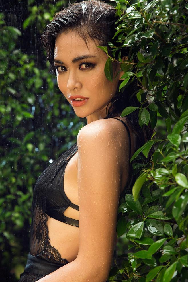 Mâu Thủy tung ảnh nóng trước khi thi Hoa hậu Hoàn vũ Việt Nam - Ảnh 5.