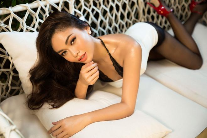 Mâu Thủy tung ảnh nóng trước khi thi Hoa hậu Hoàn vũ Việt Nam - Ảnh 1.