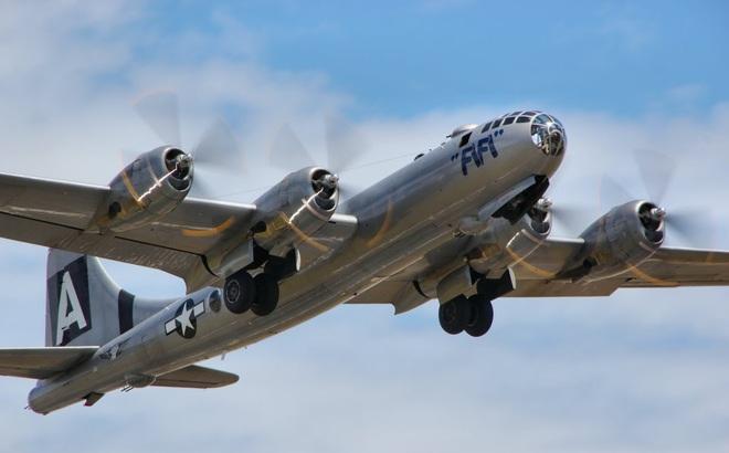 """Siêu pháo đài bay Mỹ từng """"làm mưa làm gió"""" trên bầu trời Triều Tiên"""