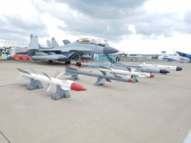 Từ Nga: Cận cảnh dàn vũ khí hùng hậu tại triển lãm MAKS 2017 - Ảnh 9.