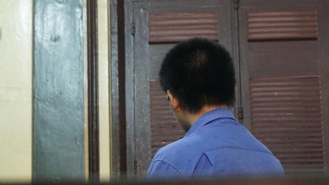 Nam sinh giết bạn bỏ vào thùng xốp bị tuyên phạt 12 năm tù - Ảnh 1.