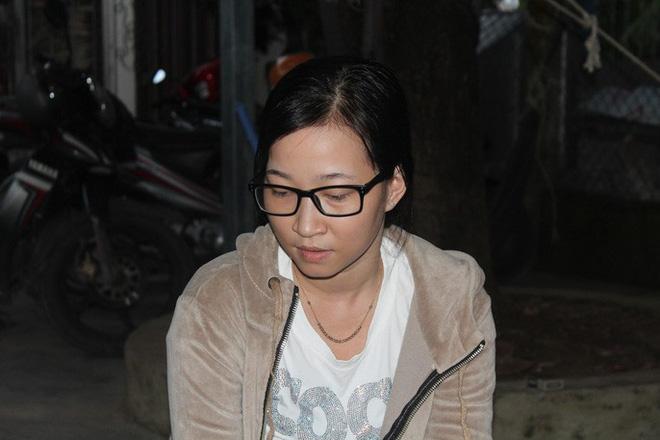 Vụ bé gái nghi bị gí sắt nung vào người: Đã có kết quả giám định, công an khởi tố vụ án - Ảnh 2.