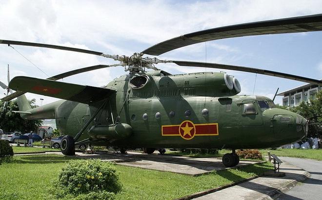 """""""Người khổng lồ"""" một thời của Không quân Việt Nam"""