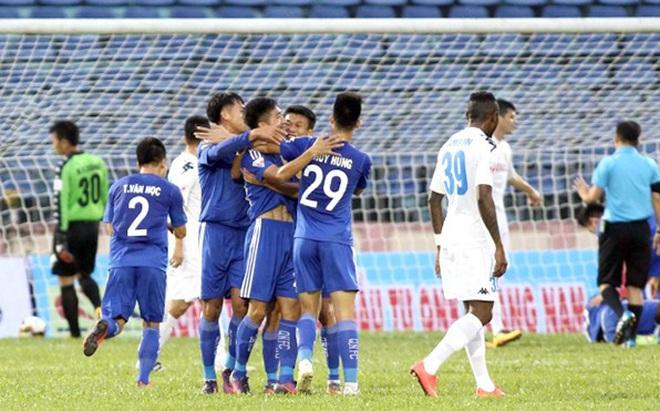 Vòng 25 V-League 2017: Mọi ngả đường đều dẫn về Hàng Đẫy