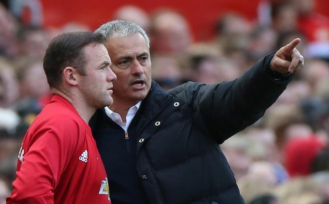 Tương lai bất định, Rooney vẫn được Mourinho khen ngợi hết lời