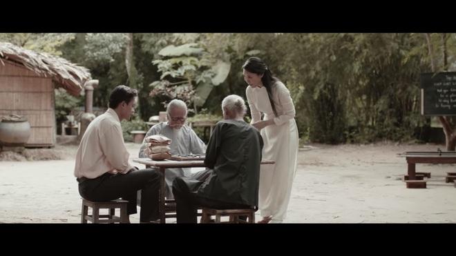 Chảo rau muống kinh điển và lỗi cười ra nước mắt trong MV mới của Mỹ Tâm - Ảnh 4.