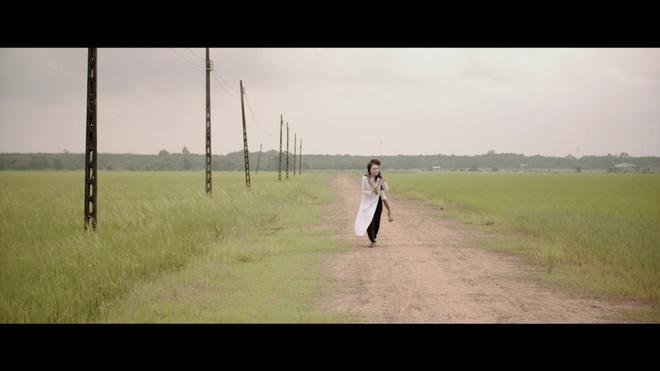Chảo rau muống kinh điển và lỗi cười ra nước mắt trong MV mới của Mỹ Tâm - Ảnh 10.