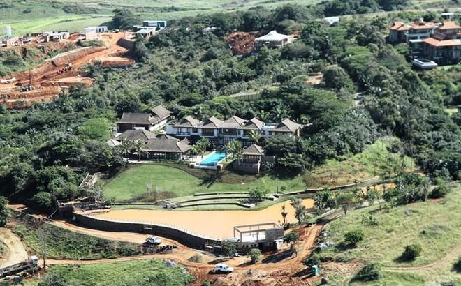 Hé lộ khối tài sản khổng lồ của Tổng thống Zimbabwe