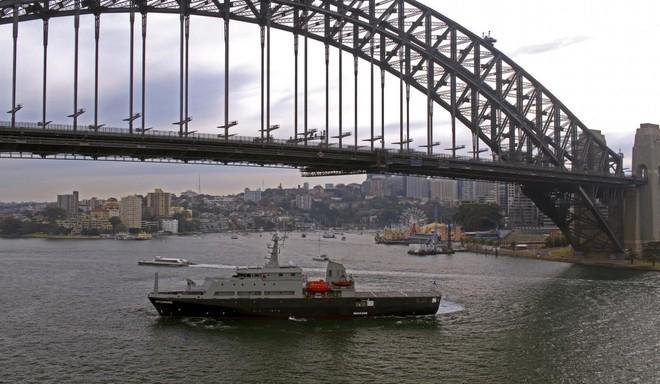Hải quân Australia tiếp nhận tàu huấn luyện đa năng tối tân do Việt Nam chế tạo - Ảnh 2.