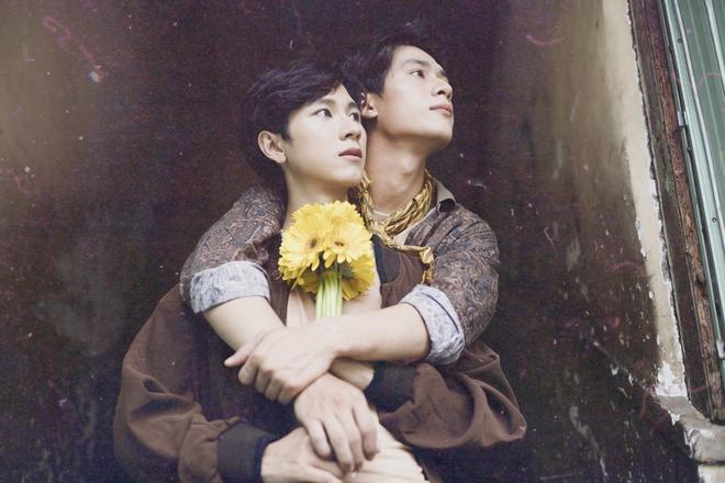 Bộ ảnh đồng tính khiến người xem thổn thức vì quá đẹp - Ảnh 2.