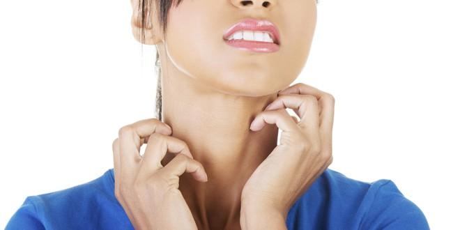 Khoa học tìm thấy lời giải: Vì sao cứ thấy người khác gãi là chúng ta lại ngứa ngáy? - ảnh 1