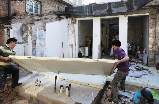Ngôi nhà giá 200 triệu đồng xây trong 24 giờ với chỉ một chiếc cờ lê - Ảnh 4.