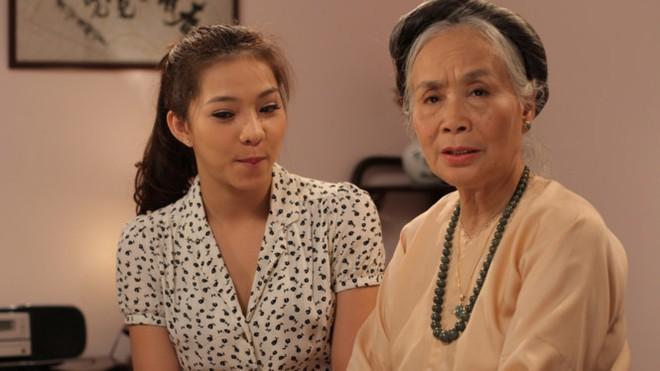 Người bà quen mặt nhất màn ảnh Việt: Cuộc sống ít biết sau gương mặt hiền hậu - Ảnh 3.