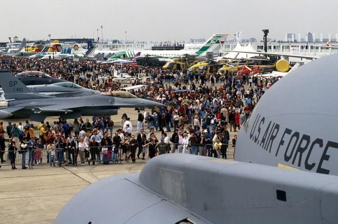 Việt Nam có thể tổ chức triển lãm vũ khí quốc tế quy mô lớn trong tương lai? - Ảnh 1.
