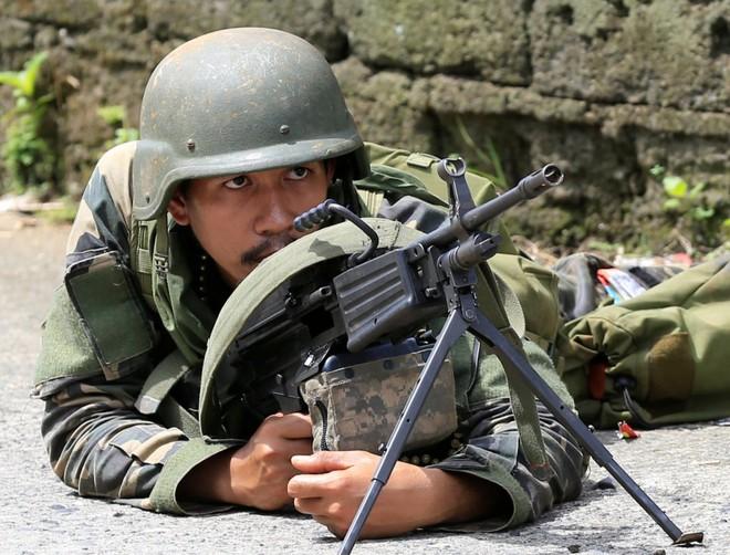 Philippines đã triển khai những vũ khí nào chống phiến quân thân IS? 12