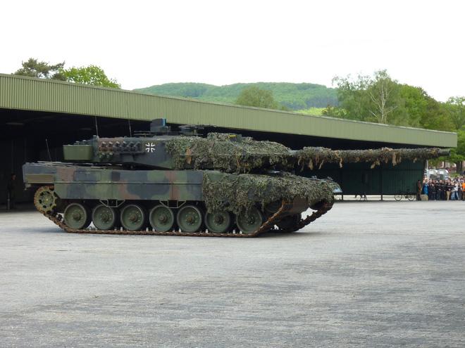 Chuyên gia quân sự Việt Nam: Pháo xe tăng - 120, 125 hay 140mm? - Ảnh 4.