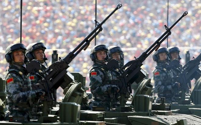 """Đâu là dự án vũ khí """"liều lĩnh nhất và phức tạp nhất"""" của Trung Quốc?"""
