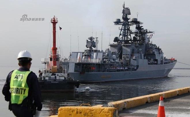 Mục kích chiến hạm lừng danh Nga cập cảng Philippines