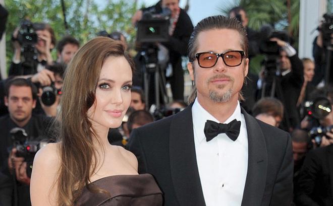 Đồng ý niêm phong giấy tờ ly hôn, Angelina Jolie không quên dội gáo nước lạnh vào Brad Pitt