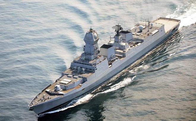 Bộ trưởng BQP Ấn Độ: Việt Nam là ưu tiên số 1 - Tàu chiến, tên lửa Brahmos luôn sẵn sàng