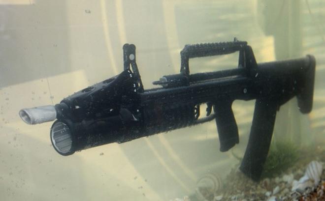Clip: Cận cảnh ADS - Súng trường Nga có thể tấn công dưới nước