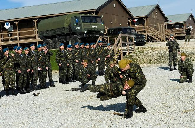 Lính Cyborg Ukraine: Thất bại cay đắng của những siêu nhân không thể bị đánh bại - Ảnh 2.
