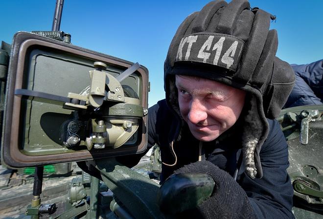 Các kíp lái xe tăng T-72B3 Nga sơ tuyển Tank Biathlon 2017, Việt Nam có tham dự? - Ảnh 7.