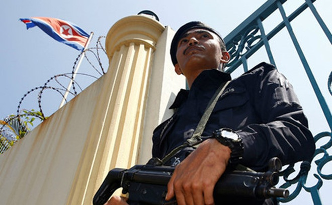Thẩm phán Mỹ từ chối làm rõ phán quyết ngăn cản lệnh cấm nhập cư