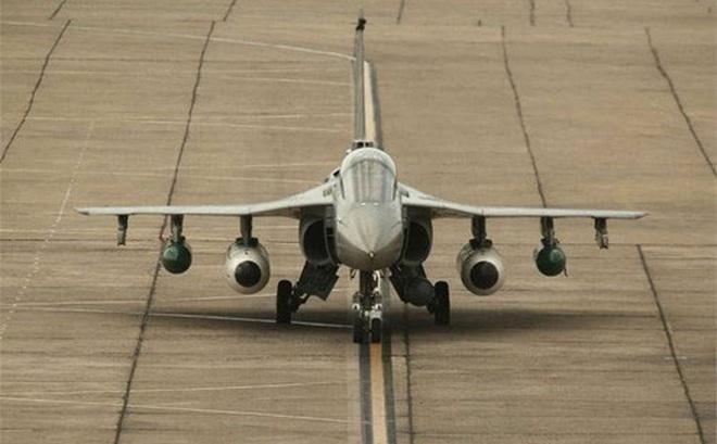 Ấn Độ phát triển máy bay không người lái Tejas