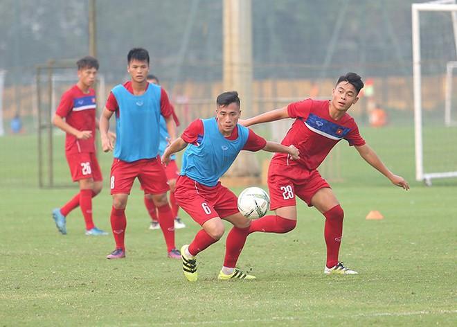 HLV Hoàng Anh Tuấn: U20 Việt Nam yếu nhưng có... chiêu ở World Cup! - Ảnh 2.