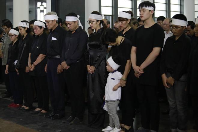 Gia đình, đồng nghiệp nghẹn ngào ở đám tang NSƯT Duy Thanh - Ảnh 8.
