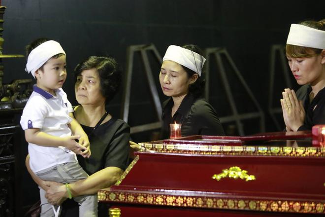 Gia đình, đồng nghiệp nghẹn ngào ở đám tang NSƯT Duy Thanh - Ảnh 6.