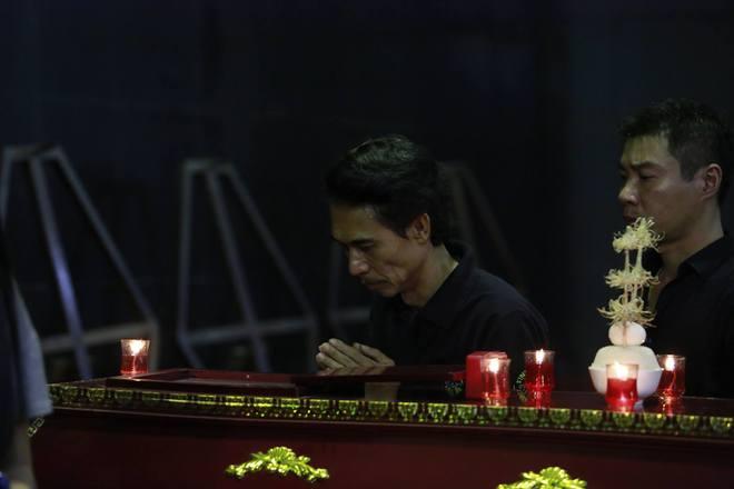 Gia đình, đồng nghiệp nghẹn ngào ở đám tang NSƯT Duy Thanh - Ảnh 11.