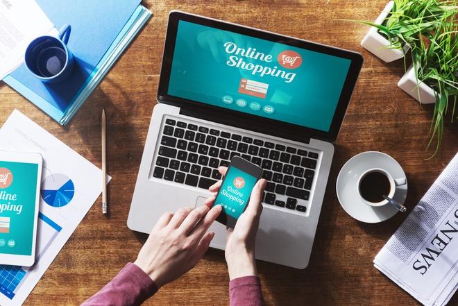 Thời đại internet: Các nhà bán lẻ vội vã dịch chuyển để bắt kịp xu hướng - Ảnh 1.