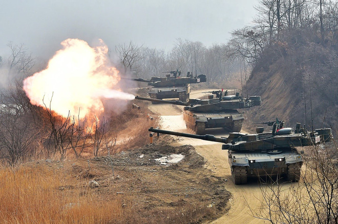 Những vũ khí Hàn Quốc có thể đối phó với Triều Tiên - Ảnh 2.