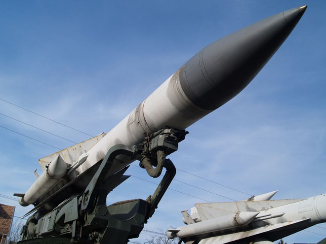 Tổng thống Syria trả lời: Vì sao phòng không Syria không thể đánh chặn tên lửa Tomahawk? - Ảnh 3.