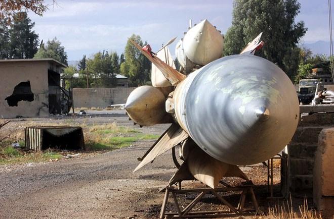 Tổng thống Syria trả lời: Vì sao phòng không Syria không thể đánh chặn tên lửa Tomahawk? - Ảnh 4.