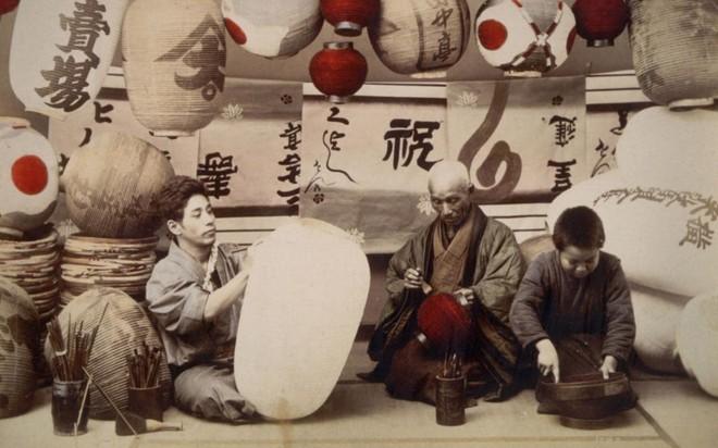 Cuộc sống Nhật Bản xưa qua những bức ảnh màu - Ảnh 1.