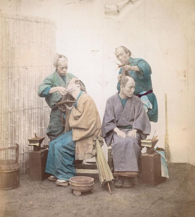 Cuộc sống Nhật Bản xưa qua những bức ảnh màu - Ảnh 2.